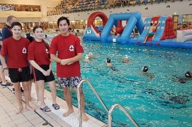 Jongeren begeleiden AquaGames via pilotproject maatschappelijke diensttijd